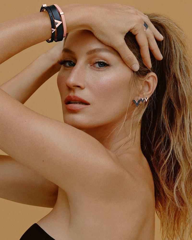 Gisele Bundchen appears in Vivara Jewelry 2021 campaign