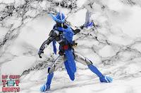 S.H. Figuarts Kamen Rider Blades Lion Senki 26