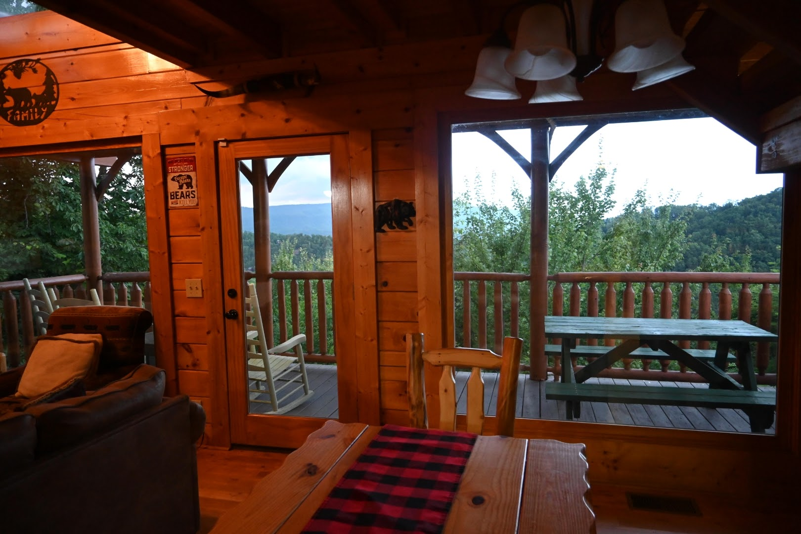 I Can Only Imagine Cabin with Eden Crest Vacation Rentals