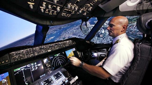 ما هو أفضل وقت من اليوم للطيران؟ كم مرة يتم تطهير كابينة الطائرة؟ ما هو القسم الأكثر أمانا من الطائرة؟ ما مدى نظافة الهواء الذي يأتي من انظمةالتكييف؟
