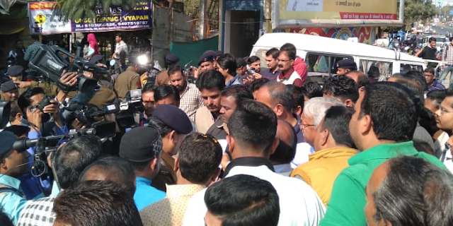 JABALPUR MP में भाजपा नेता पर जानलेवा हमला, BHOPAL में विरोध प्रदर्शन | POLITICAL NEWS