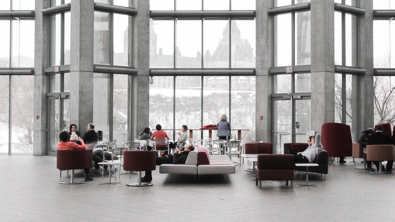 espacio adecuado con una buena arquitectura de interiores