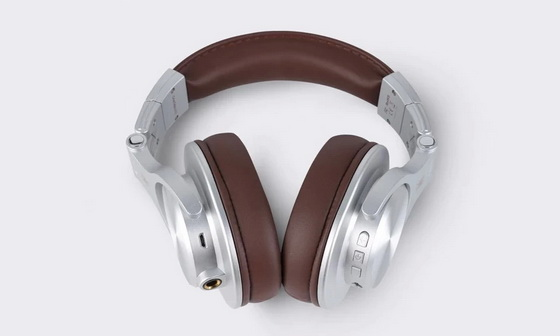 https://www.oneodio.com/collections/fusion-series/products/a70-wireless-wired-headphones-silver?ref=l_QI4LX-4rQ6