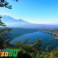Pemandangan Dua Gunung Nan Indah Dari Bukit Seroja