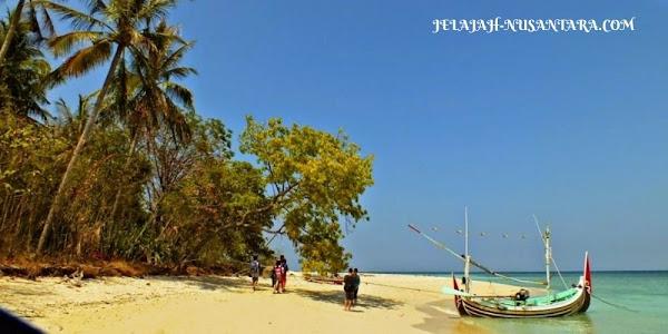 wisata pantai open trip gili labak madura jawa timur