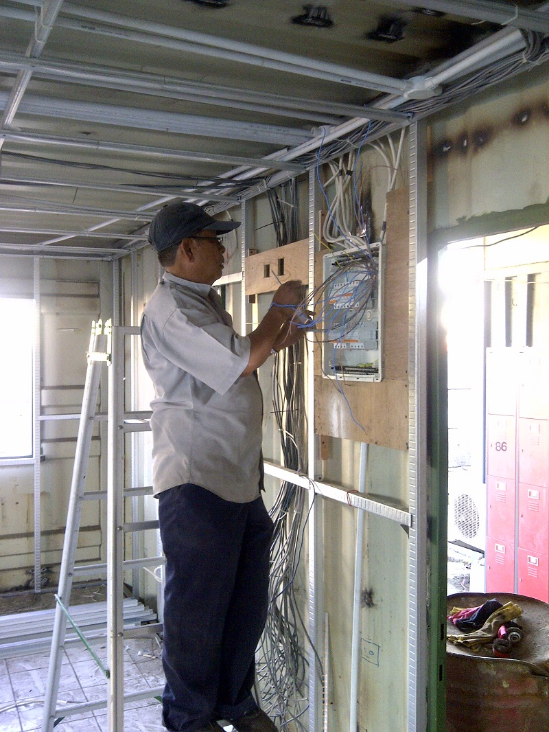 Rangka Baja Ringan untuk Dinding Rangka Atap Baja Ringan