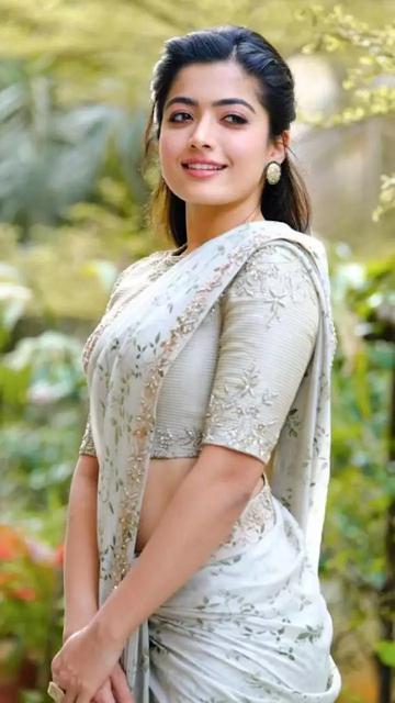 Rashmika Mandanna Wallpaper HD IMG