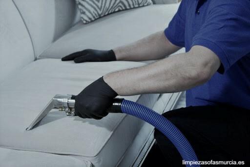 Sistema limpieza tapicerias