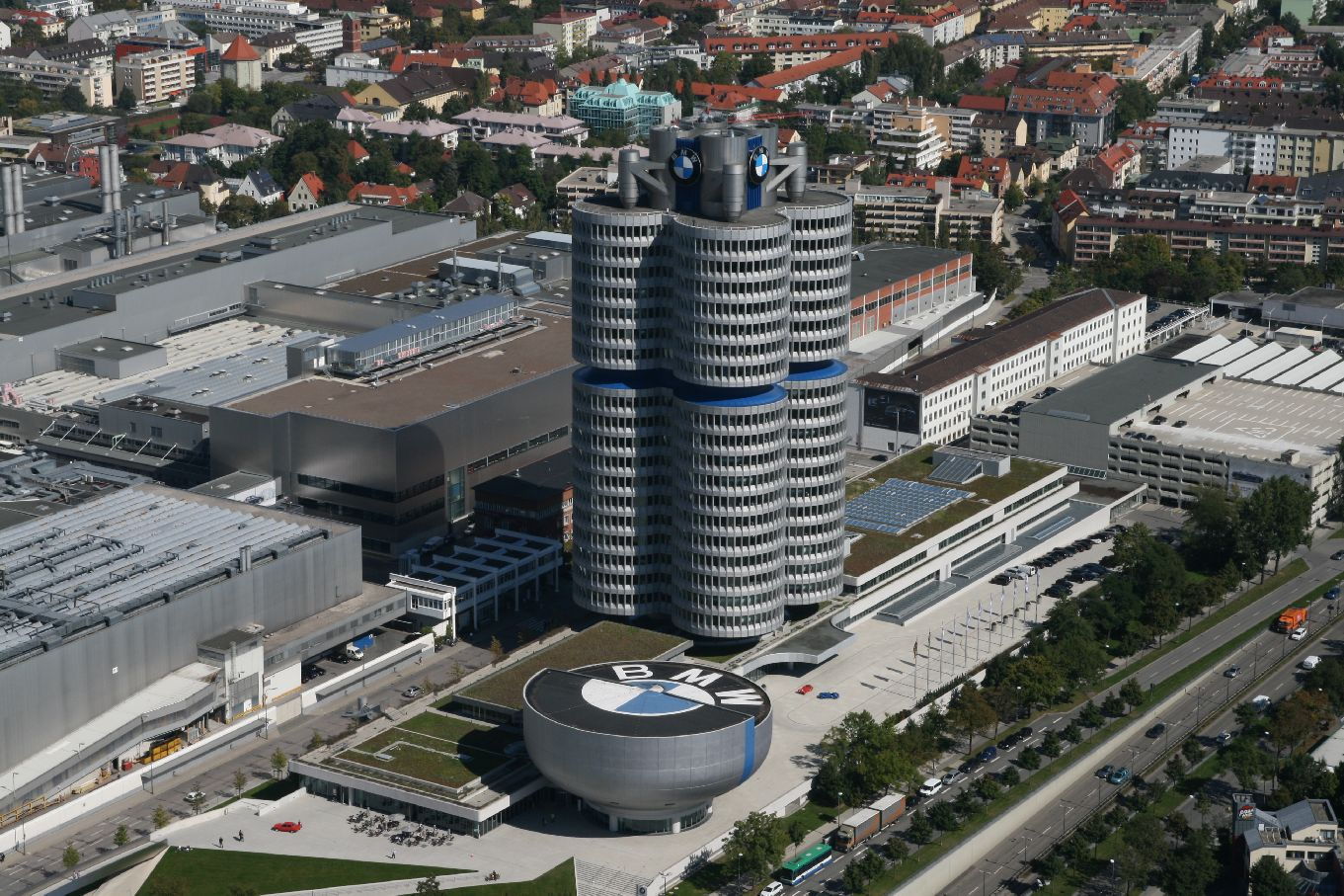 Good Life Notes: Sede Mundial da BMW em Munique, Alemanha