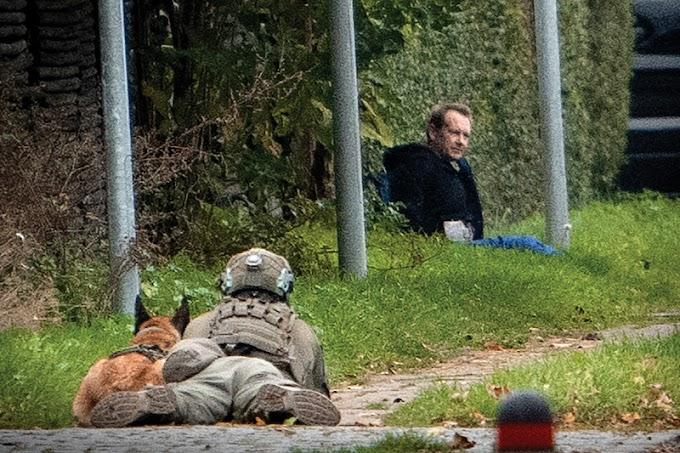 Szökési kísérlete miatt újra vádat emeltek a dán darabolós kéjgyilkos ellen