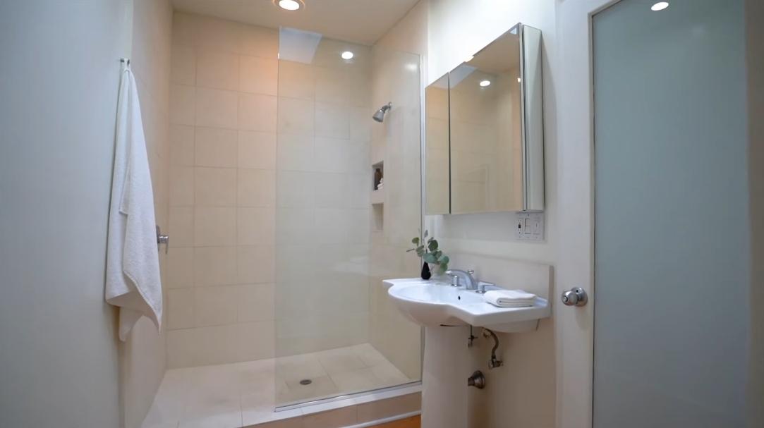 42 Interior Design Photos vs. 3555 Multiview Dr, Los Angeles, CA Luxury Home Tour