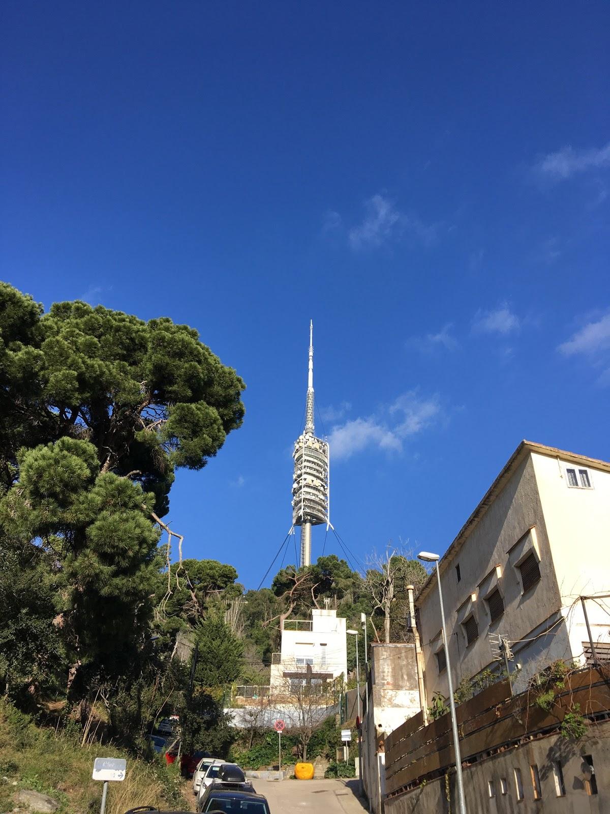 Torre de comunicaciones de Norman Foster