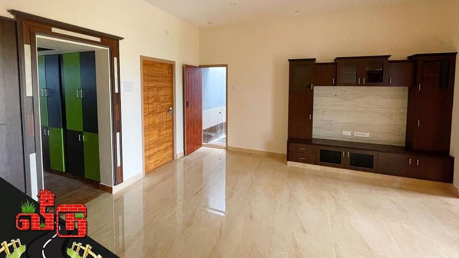 945 sqftல் அழகான 2BHK காம்பாக்ட் வீடு … அட என்னமா கட்டி இருக்காங்க .. சூப்பர் பா