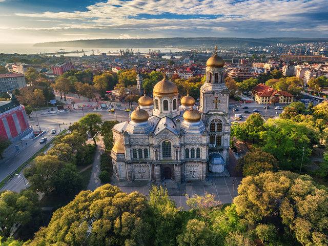 Catedral de la Asunción, Varna, Bulgaria