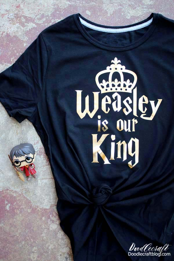 Weasley Is Our King Shirt with Cricut Iron-on! Harry Potter crafts are my favorite--I'm such a geek. Weasley is our King! Make a Harry Potter inspired shirt in just a few minutes using a Cricut machine and iron-on vinyl.