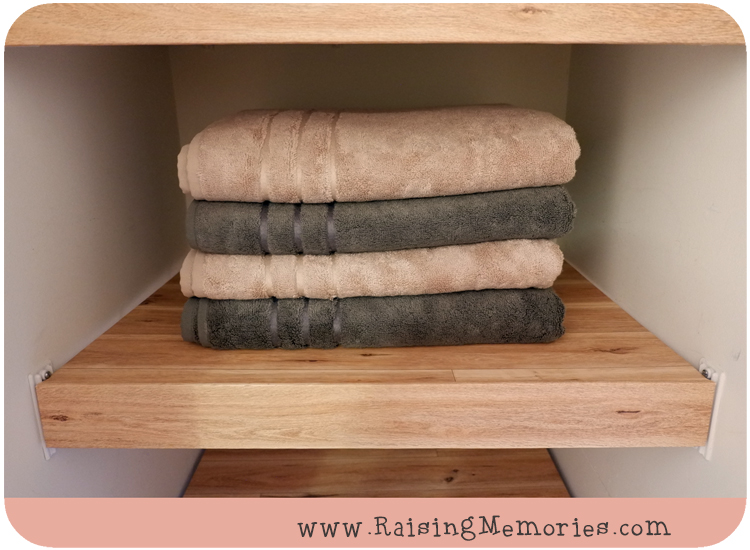 Cariloha Blush and Onyx Towels