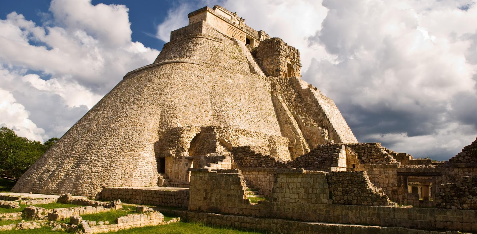 Tourism Observer: MEXICO: Merida The White City In Yucatan