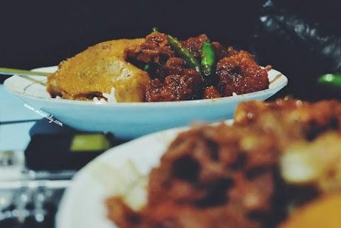 Gudeg Pawon: Sensasi Makan Gudeg di Dapur