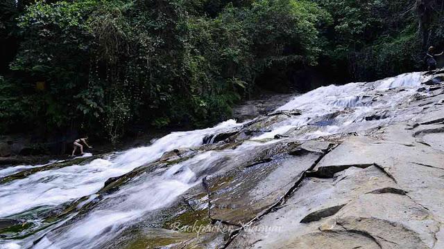 Air Terjun Goa Rangreng