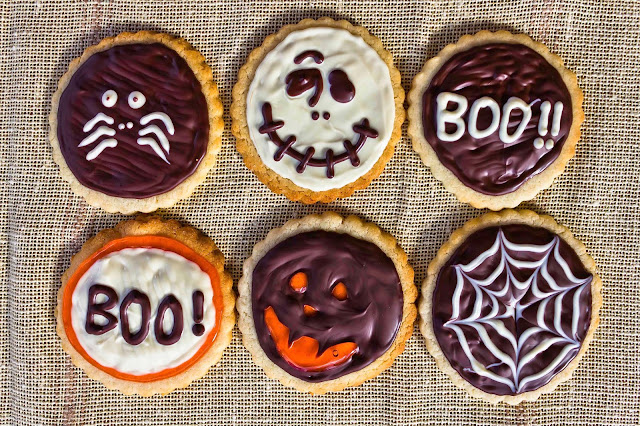 Decorar Galletas Con Motivos Halloween Sólo Con Chocolate