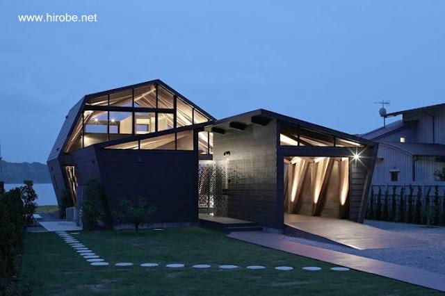 Casa residencial post-moderna japonesa