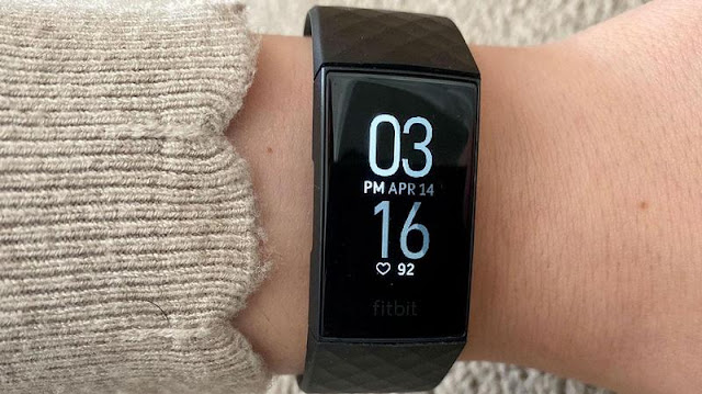 3. Fitbit Charge 4