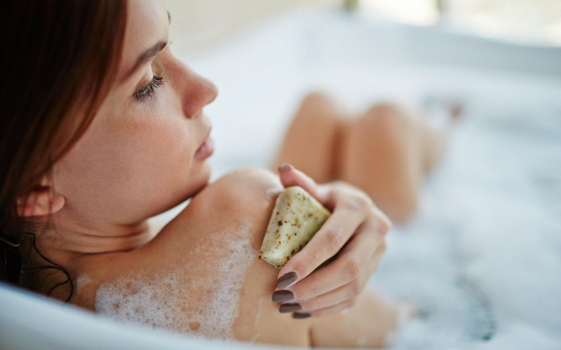 Everyday Habits That Are Drying Out Your Skin