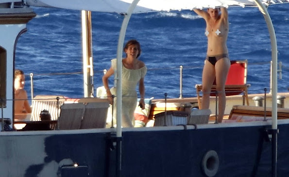Charlotte Casiraghi was spotted hanging out with her friends on the family yacht, the Pacha III.