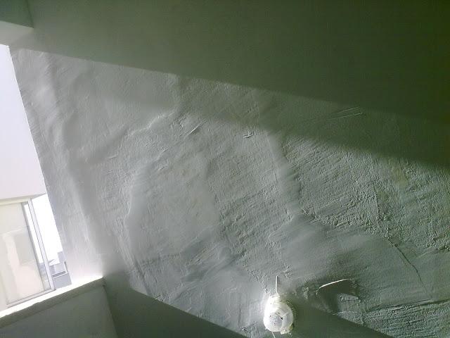 paredes tortas