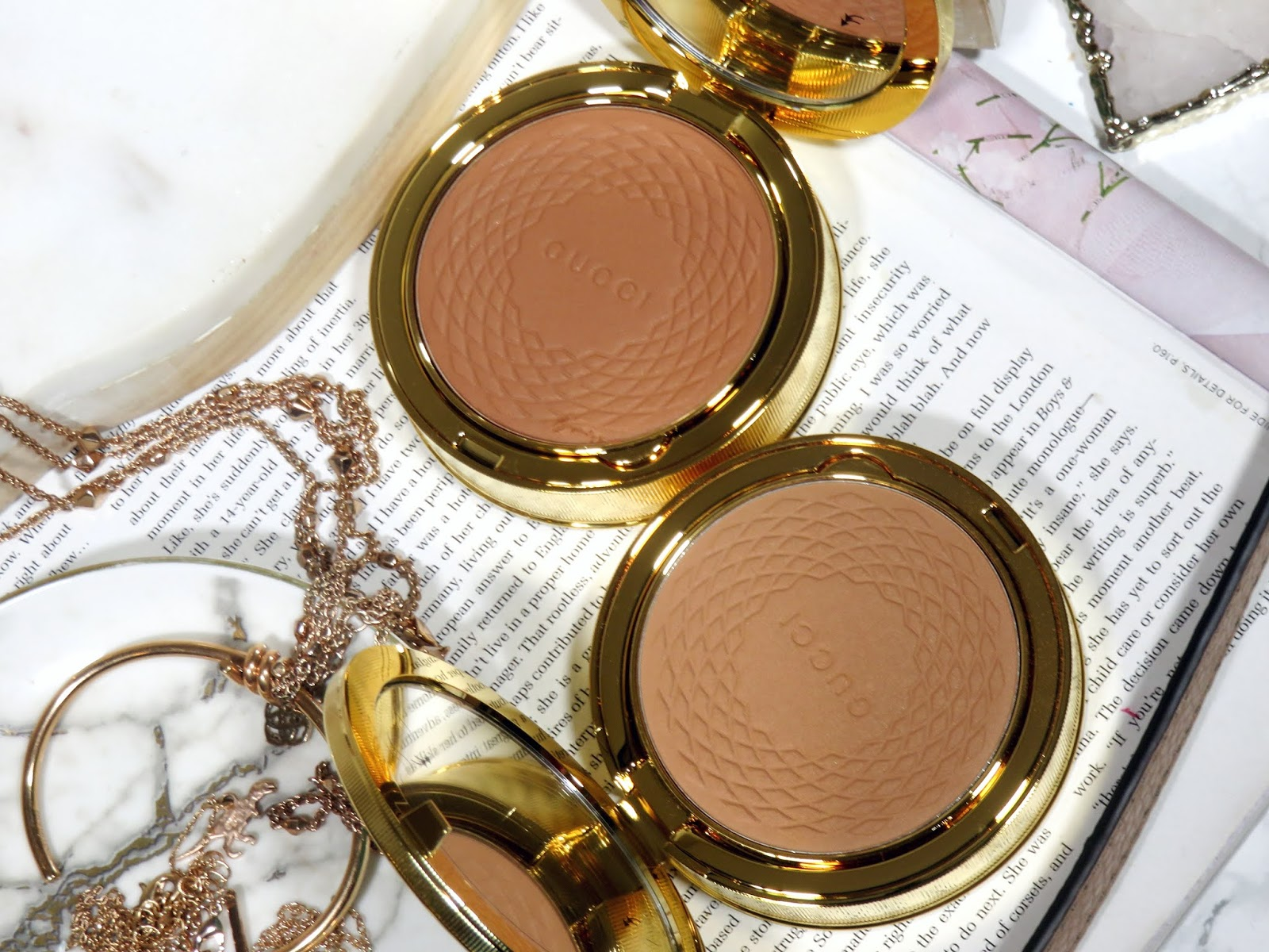 Gucci Beauty Poudre De Beauté Éclat Soleil Bronzing Powder Review and Swatches