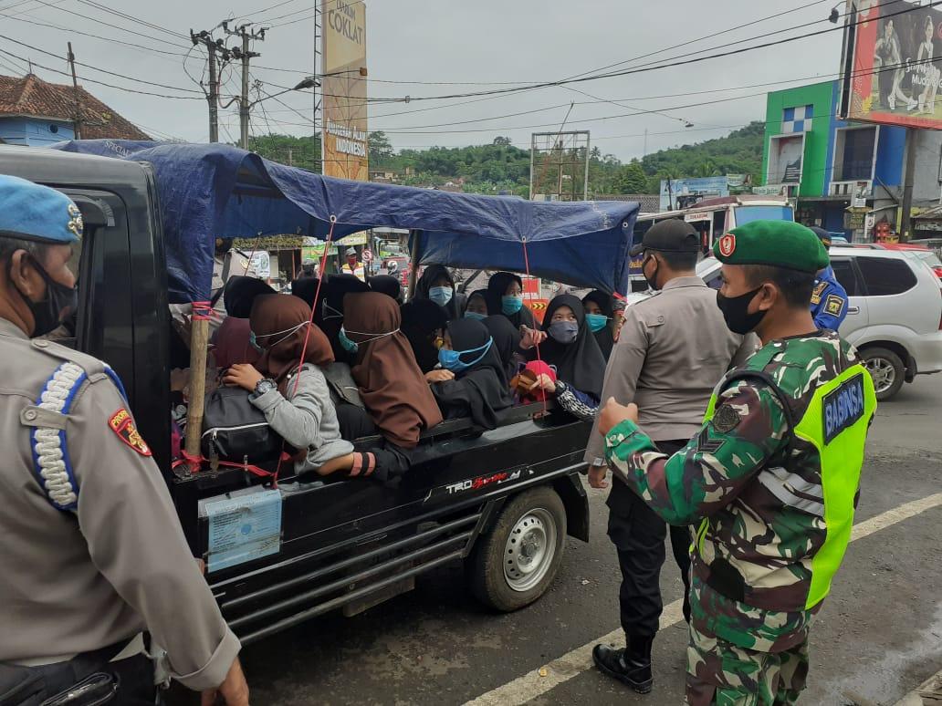 Operasi Yustisi Penerapan Prokes Di Cibadak Sukabumi, Begini Kata Danramil 0711/Cibadak