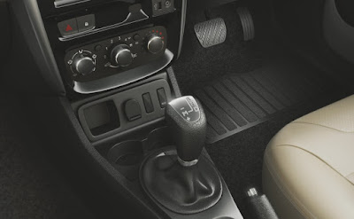 2016 Nissan Terrano auto gear shift