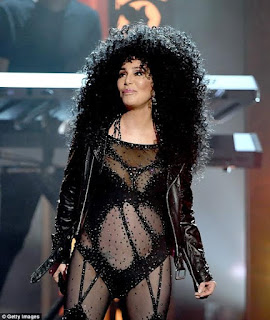 [Gossip] See What Cher Wore To 2017 Billboard Music Awards.. At 71 Years