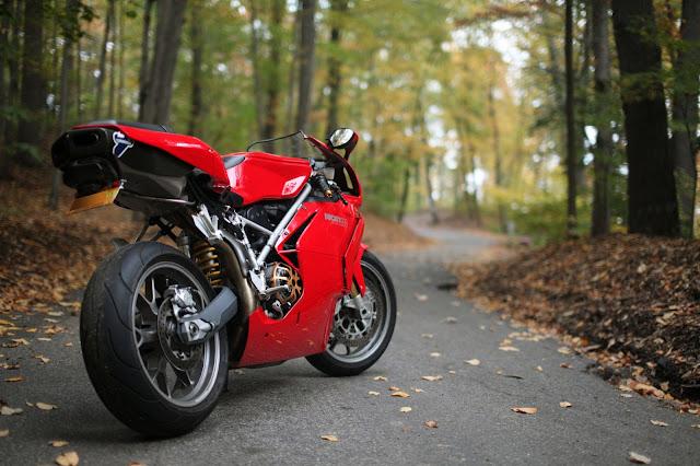 8 moto biker nào cũng muốn sở hữu với vẻ đẹp lạnh lùng