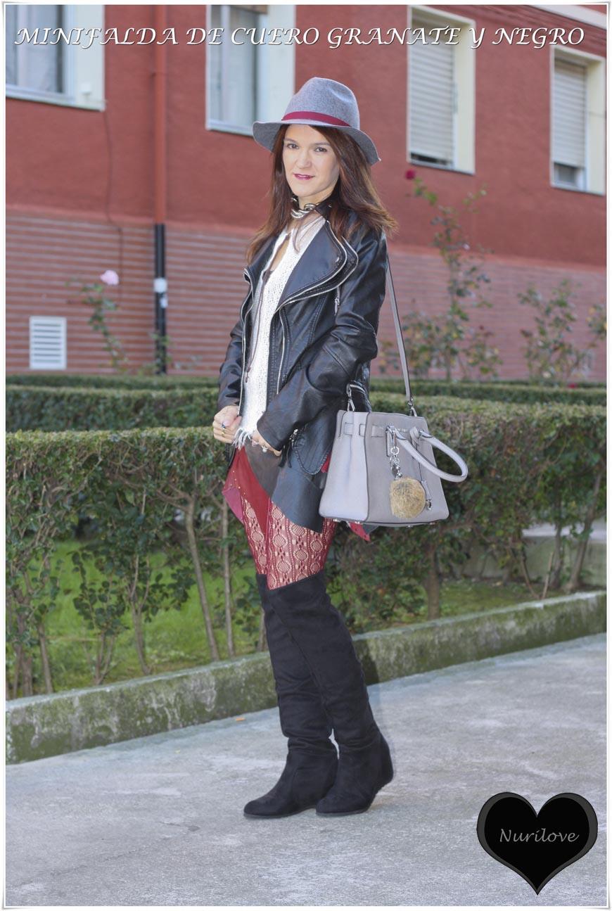 mini falda de cuero granate y negro asimétrica