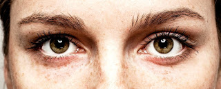 Staring Into Someone's Eyes For 10 Minutes Can Induce Altered State of Consciousness