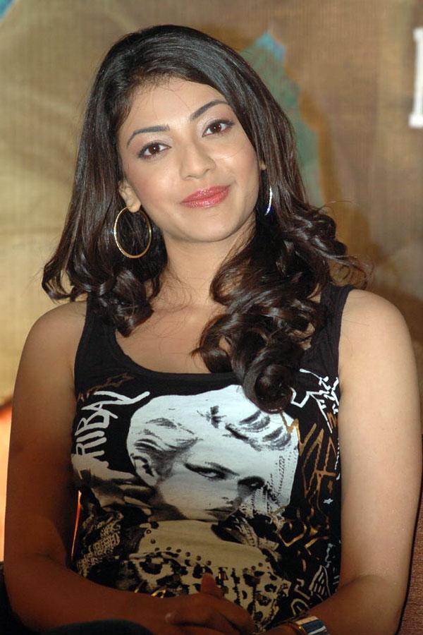 Kajal Agarwal Hot Looking Photos In Black Dress