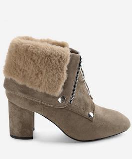 https://www.zaful.com/chunky-heel-warm-inside-foldover-boots-p_470433.html?lkid=12465945