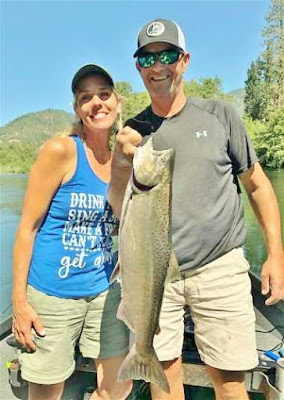 rogue-river-salmon-fishing-grants-pass