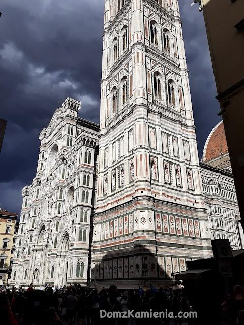 Duomo we Florencji - spacer po Florencji z Domem z Kamienia