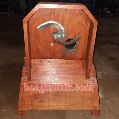 Jual Mesin Potong Pandan Type KY (Body Kayu)