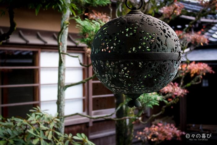 Détail ornement, cour intérieure, maison Ishitani, Chizu, Tottori