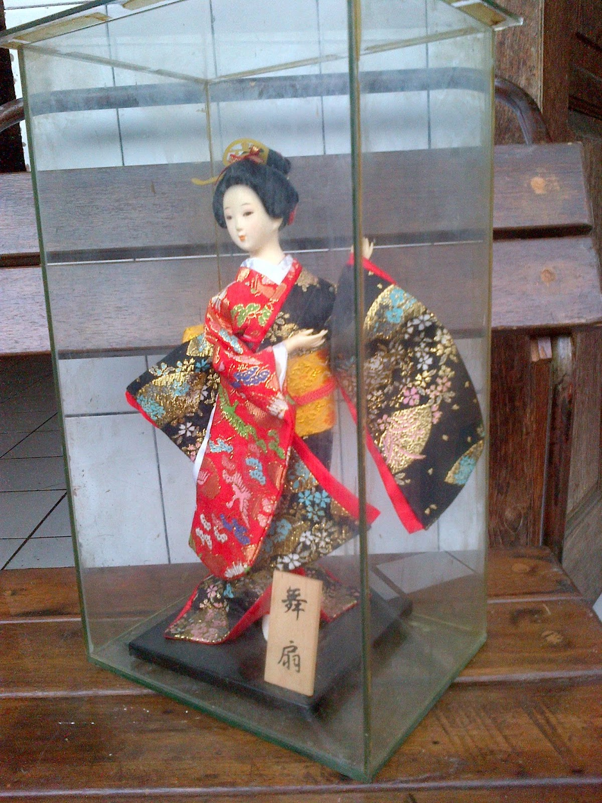 Gaya Antik galeri   Gaya Antique Gallery  Boneka Pajangan Jepang ... 83db3b5ed0