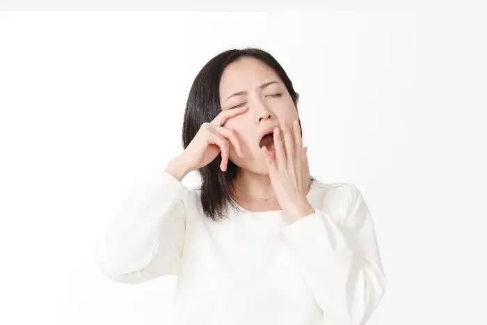 cara mengatasi bau mulut berlebih di pagi hari