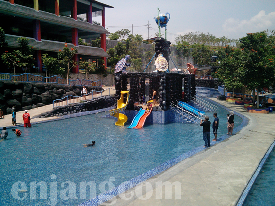 Kediri Waterpark 7