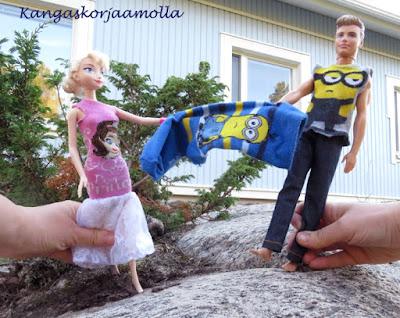Ompele barbielle rikkinäisestä sukasta vaatteet