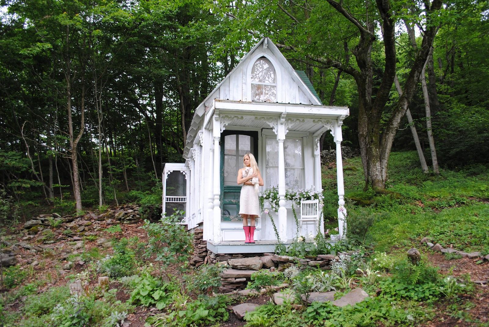 Relaxshacks Ten More Wild Tiny Houses Great Examples