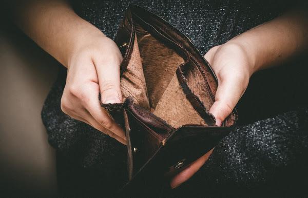 Comment économiser de l'argent quand vous êtes ruiné