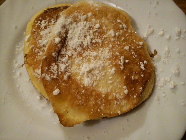 Omlet na słodko - szybki przepis, łatwa przekąska, słodki deser