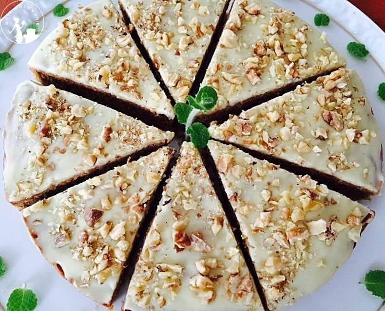 Cisto dyniowe z białą czekoladą i orzechami włoskimi